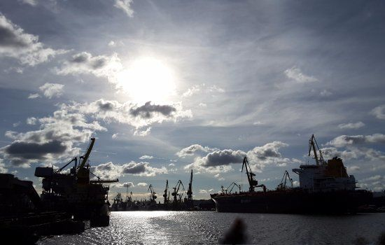 Poland sets plan to install new LNG import terminal in 2024-25.