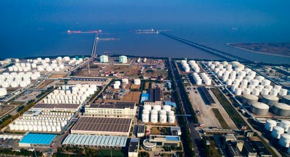 April petrochemicals prices drop as COVID-19 infection rate rises.