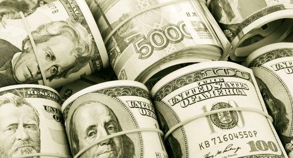 زور آزمایی دلار و پی وی سی