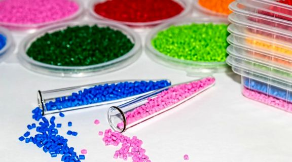 Indian buyers source local polymers as rupee declines.