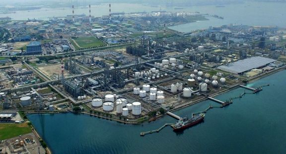 Singapore petrochemical exports shrinking for more than two years