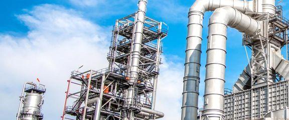 زمزمه های دلار 5 هزارتومانی و هجوم خریداران محصولات شیمیایی